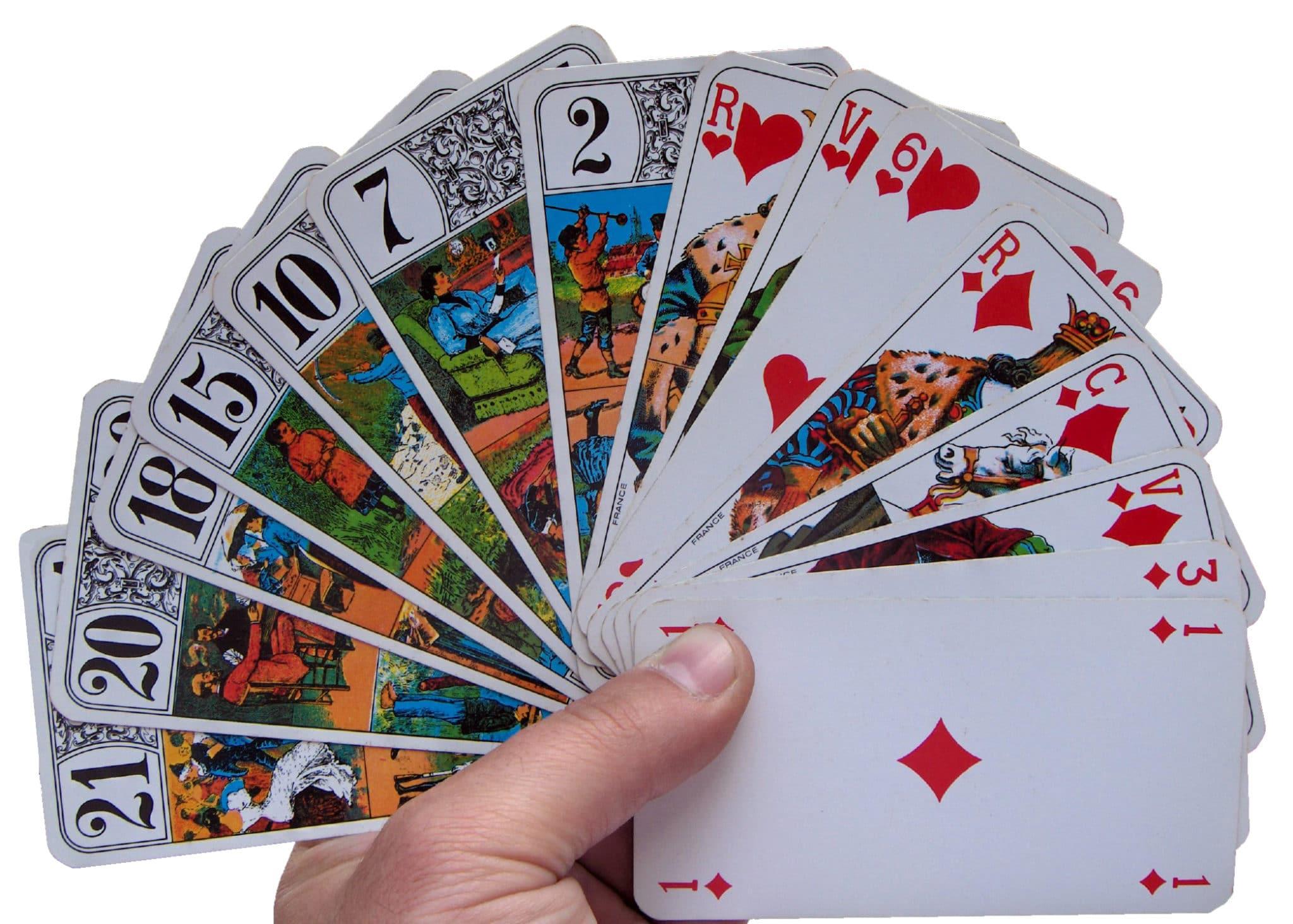 le jeu de 32 de cartes tarot gratuit jouer sur divinatix. Black Bedroom Furniture Sets. Home Design Ideas