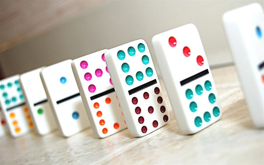 dominos-1024x640