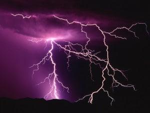 Electrical-Storm-fond-d-ecran-eclairs-foudre