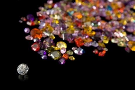 pierres-precieuses-©-fotolia-com-kacpura