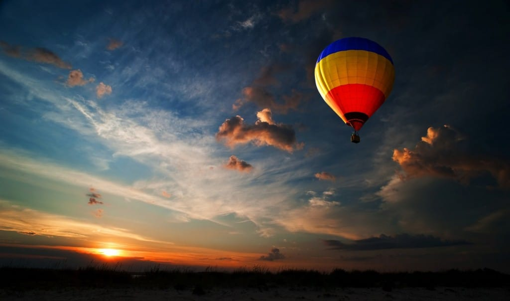 shutterstock_88863508-montgolfiere
