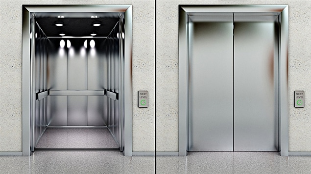 120626_p65hp_objet_ascenseur_reprise_sn635