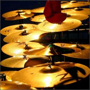 510_gant_et_cymbales