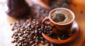 Faire un voeu dans le marc de café