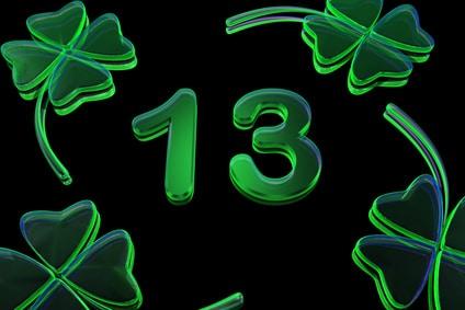 Pourquoi le vendredi 13 porte malheur divinatix for Le chiffre 13 film