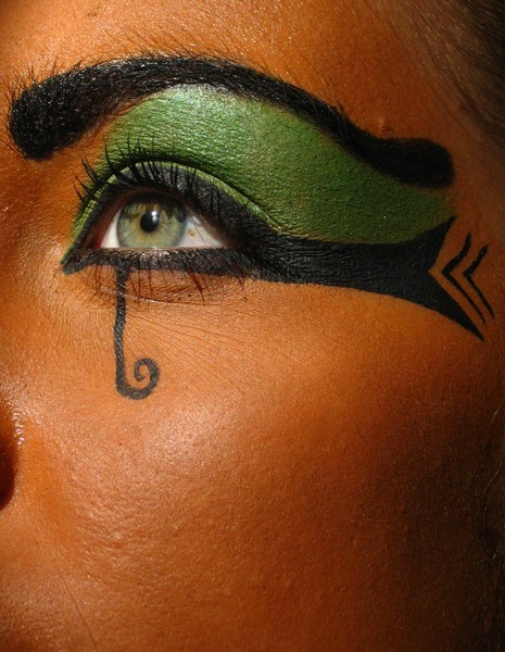 maquillage yeux egyptien