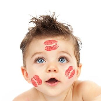 """Résultat de recherche d'images pour """"bisous bebe"""""""